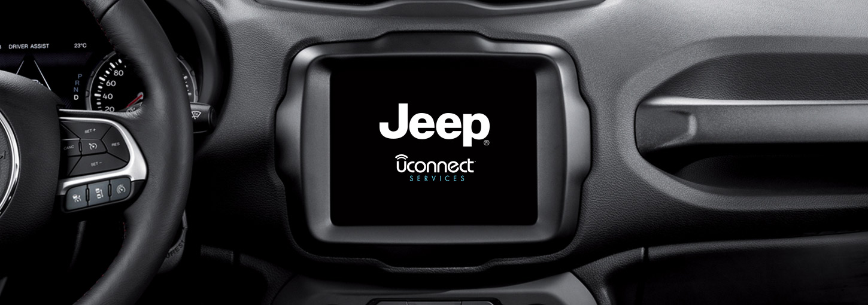 /content/dam/jeep/crossmarket/RENEGADE-MY20/RenegadeMY20_Overview/1-Desktop/Jeep-renegade-suv-technology-dashboard-tablet-1450X510_v1.jpg